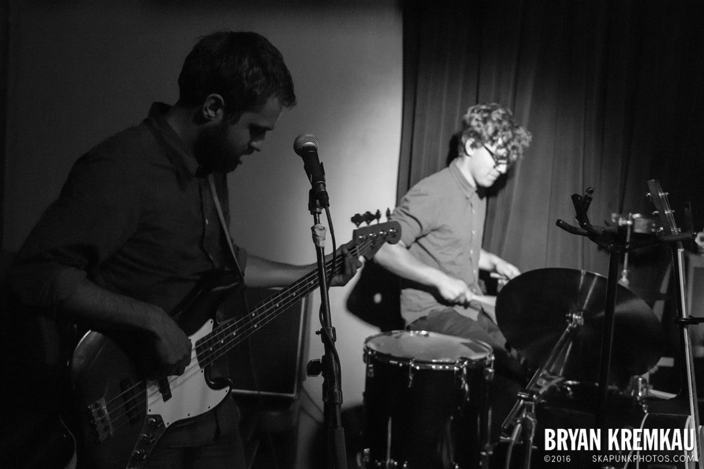 Jordan Klassen @ Bowery Electric, NYC - 10.9.13 (3)