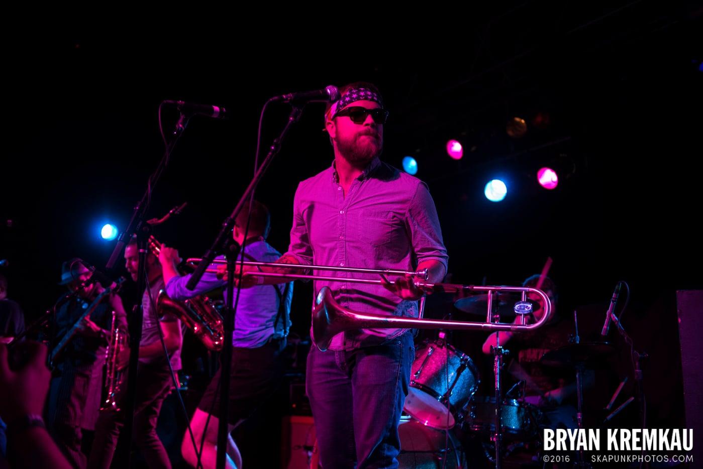 Backyard Superheroes @ Starland Ballroom, Sayreville, NJ - 11.9.13 (15)