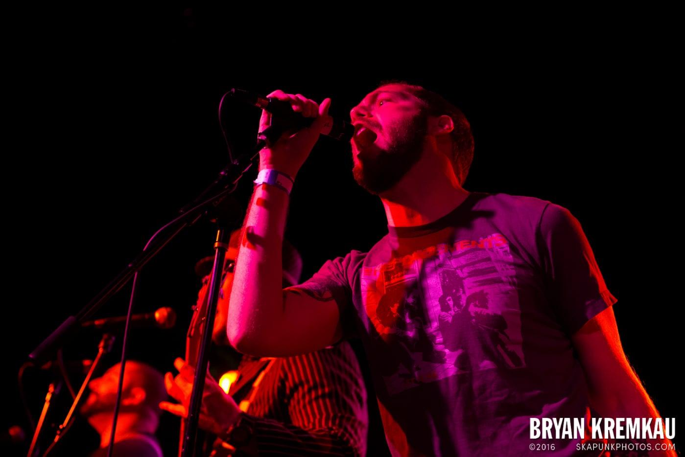 Backyard Superheroes @ Starland Ballroom, Sayreville, NJ - 11.9.13 (6)
