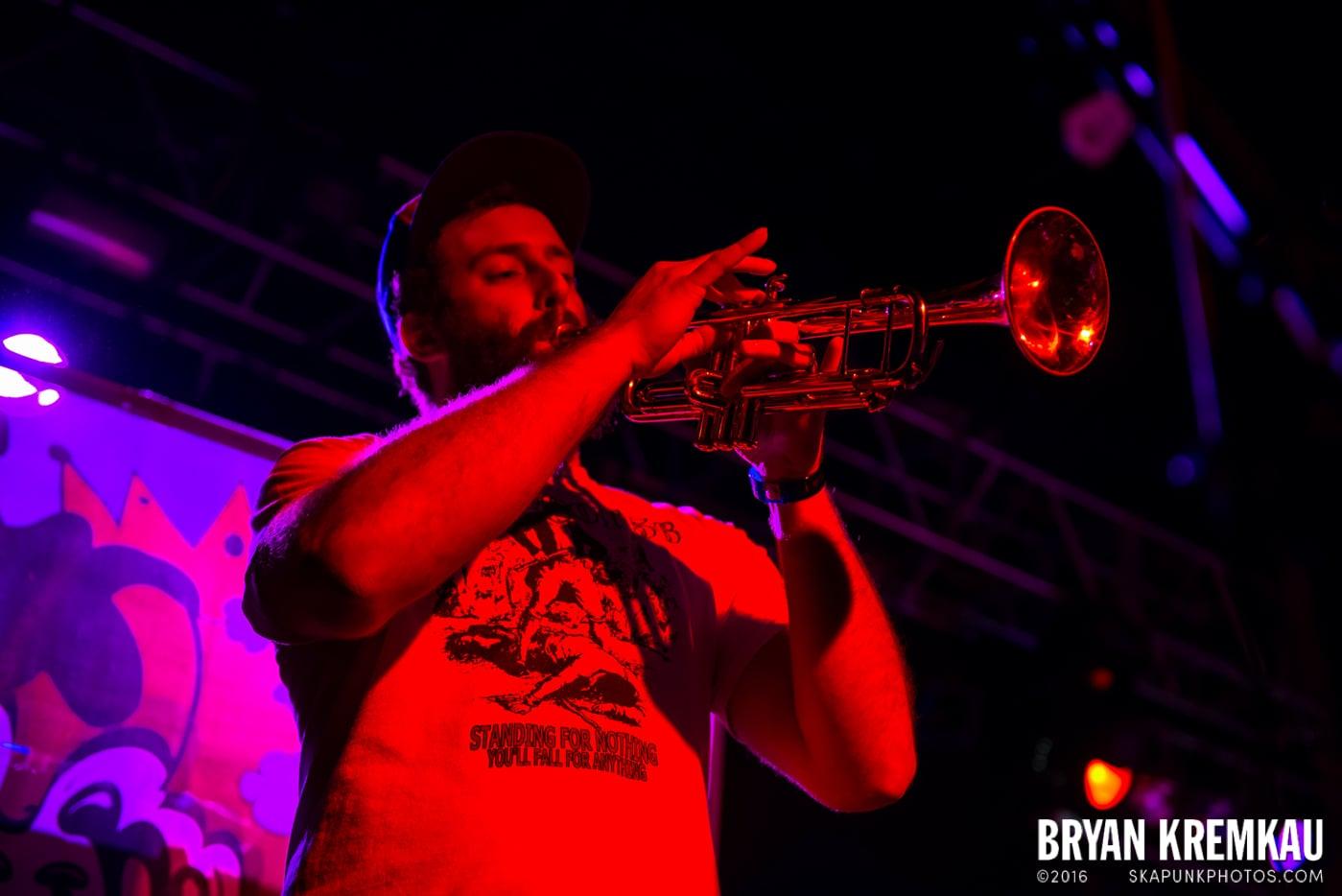 Survay Says! @ Starland Ballroom, Sayreville, NJ - 11.9.13 (17)