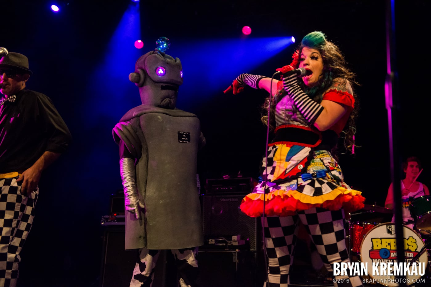Beebs and Her Money Makers @ Best Buy Theater, NYC - 11.12.13 (20)