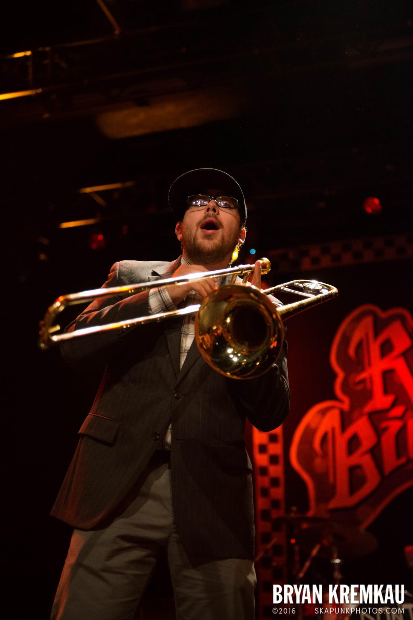 Reel Big Fish @ Best Buy Theater, NYC - 11.12.13 (54)