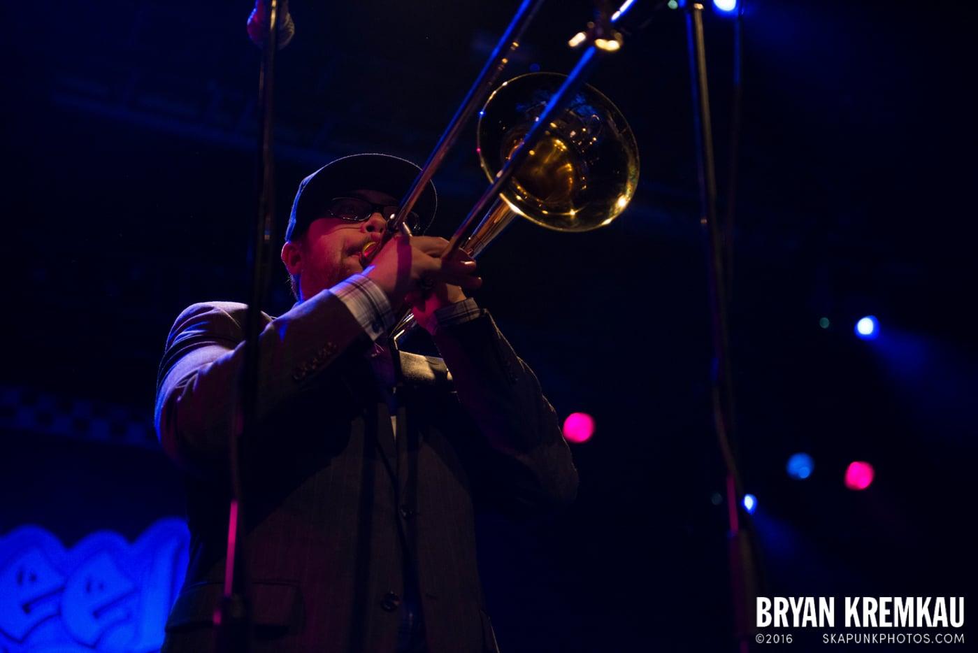 Reel Big Fish @ Best Buy Theater, NYC - 11.12.13 (44)