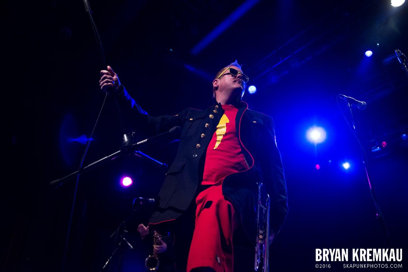 Reel Big Fish @ Best Buy Theater, NYC - 11.12.13 (35)