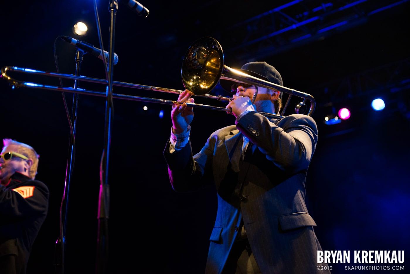 Reel Big Fish @ Best Buy Theater, NYC - 11.12.13 (30)