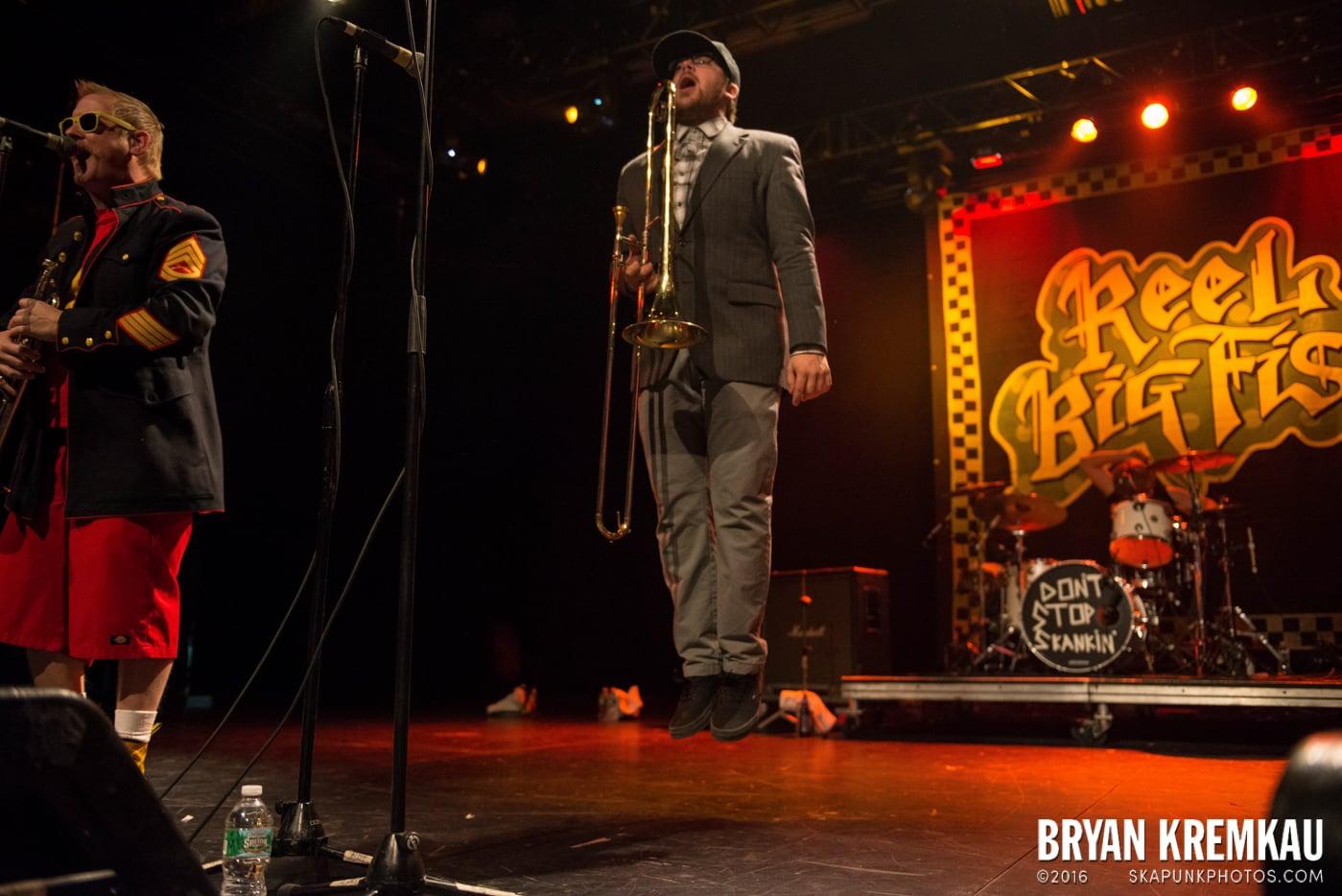 Reel Big Fish @ Best Buy Theater, NYC - 11.12.13 (18)