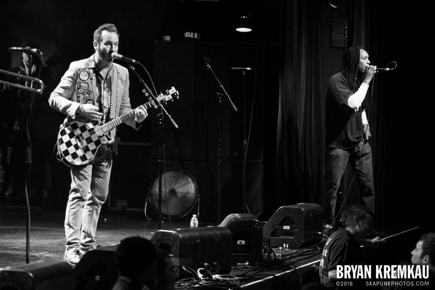 Reel Big Fish @ Best Buy Theater, NYC - 11.12.13 (1)