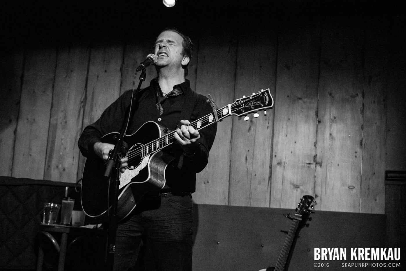 Chris Trapper @ Rockwood Music Hall, NYC - 12.7.13 (15)