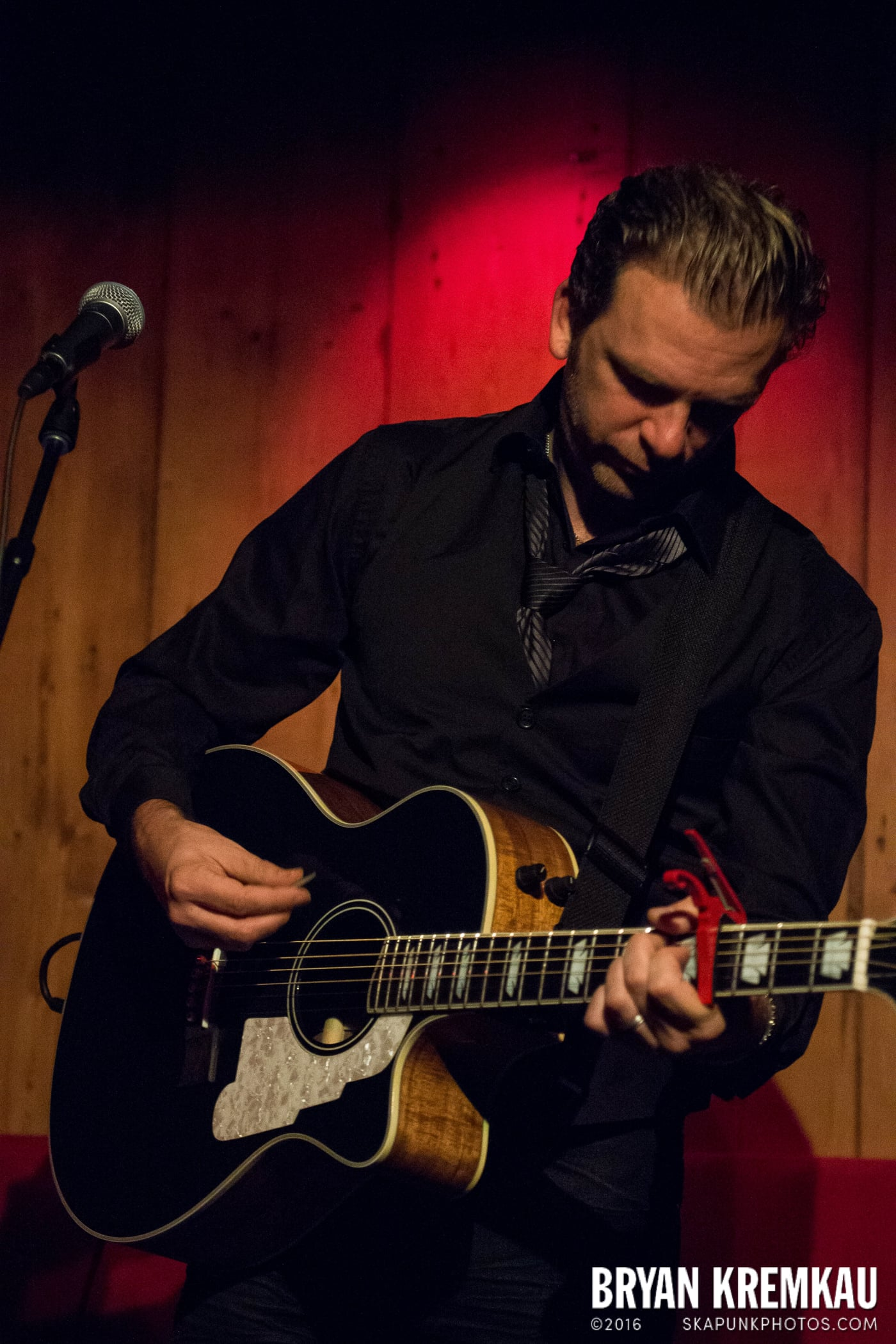 Chris Trapper @ Rockwood Music Hall, NYC - 12.7.13 (13)