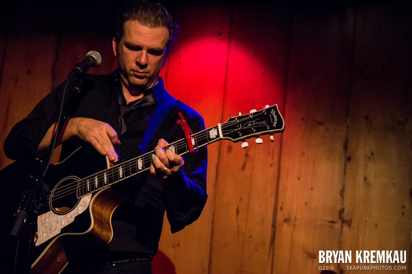 Chris Trapper @ Rockwood Music Hall, NYC - 12.7.13 (8)