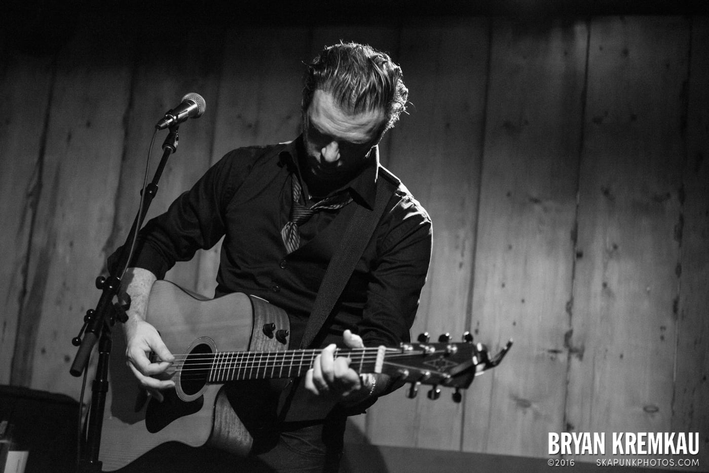 Chris Trapper @ Rockwood Music Hall, NYC - 12.7.13 (6)