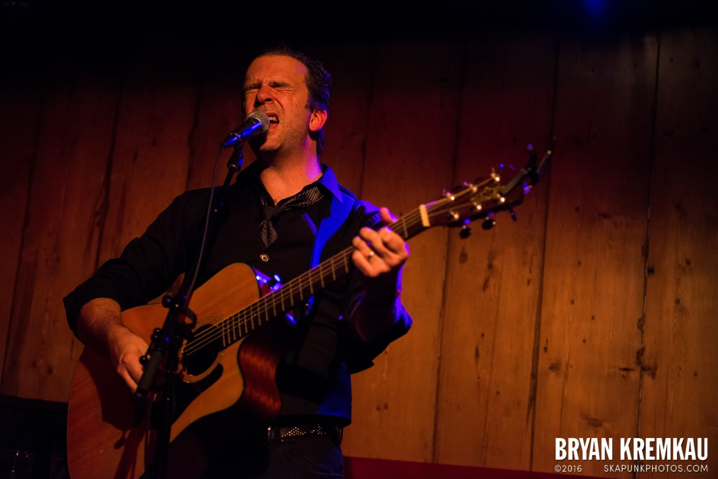 Chris Trapper @ Rockwood Music Hall, NYC - 12.7.13 (5)