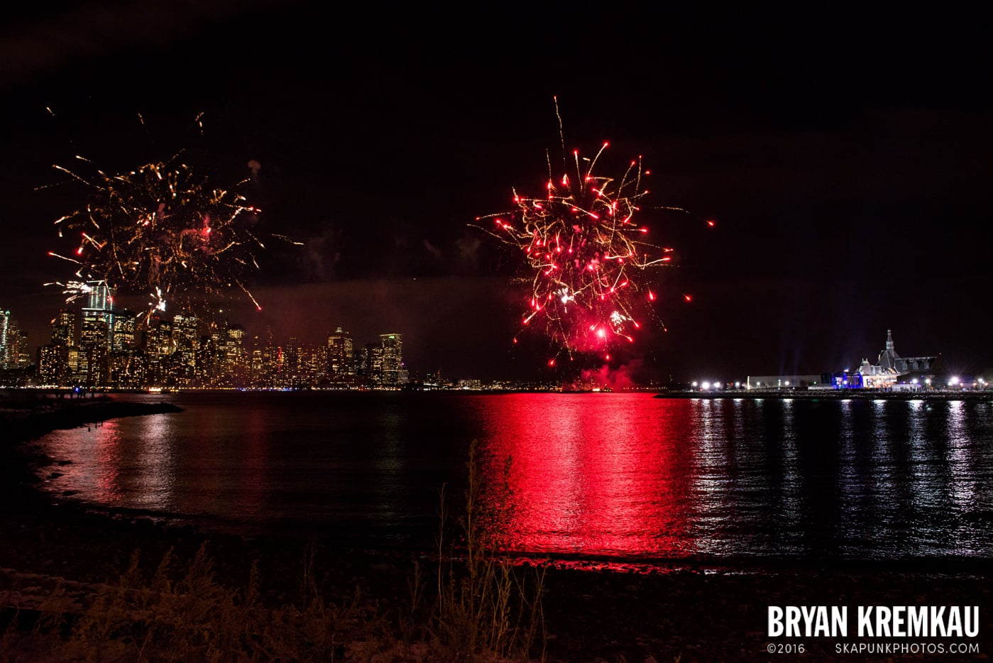 Fireworks at Super Bowl Kickoff Spectacular @ Liberty State Park, Jersey City, NJ - 1.27.14 (17)