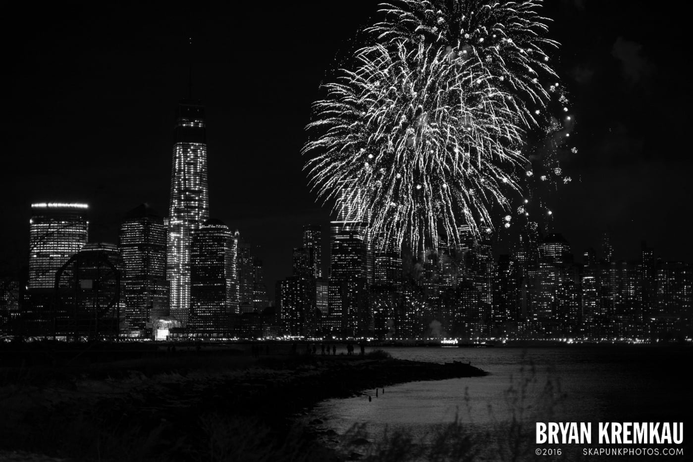 Fireworks at Super Bowl Kickoff Spectacular @ Liberty State Park, Jersey City, NJ - 1.27.14 (13)