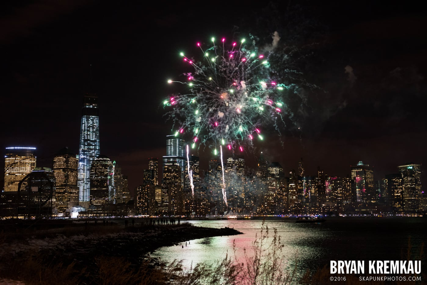 Fireworks at Super Bowl Kickoff Spectacular @ Liberty State Park, Jersey City, NJ - 1.27.14 (9)