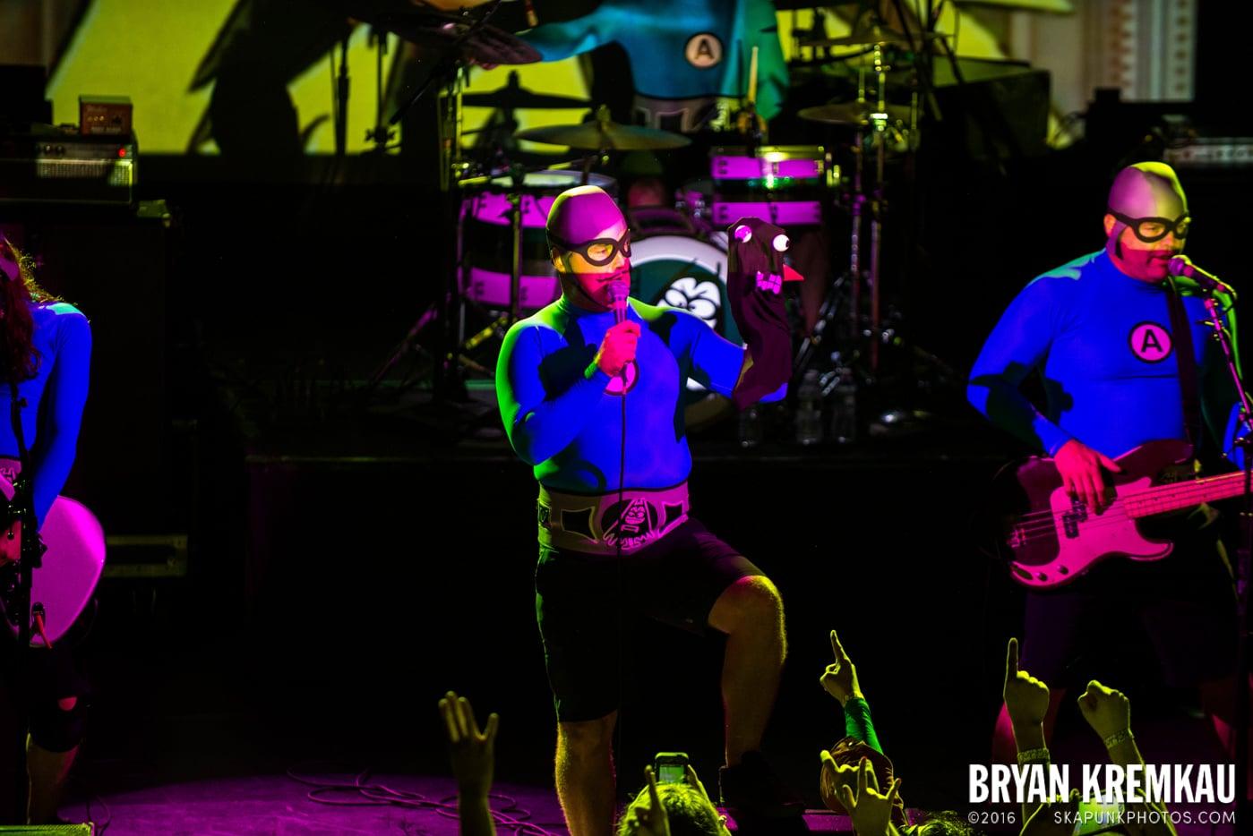 The Aquabats @ Irving Plaza, NYC - 5.7.14 (23)
