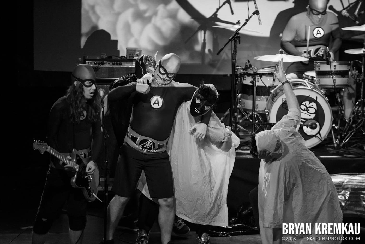 The Aquabats @ Irving Plaza, NYC - 5.7.14 (12)