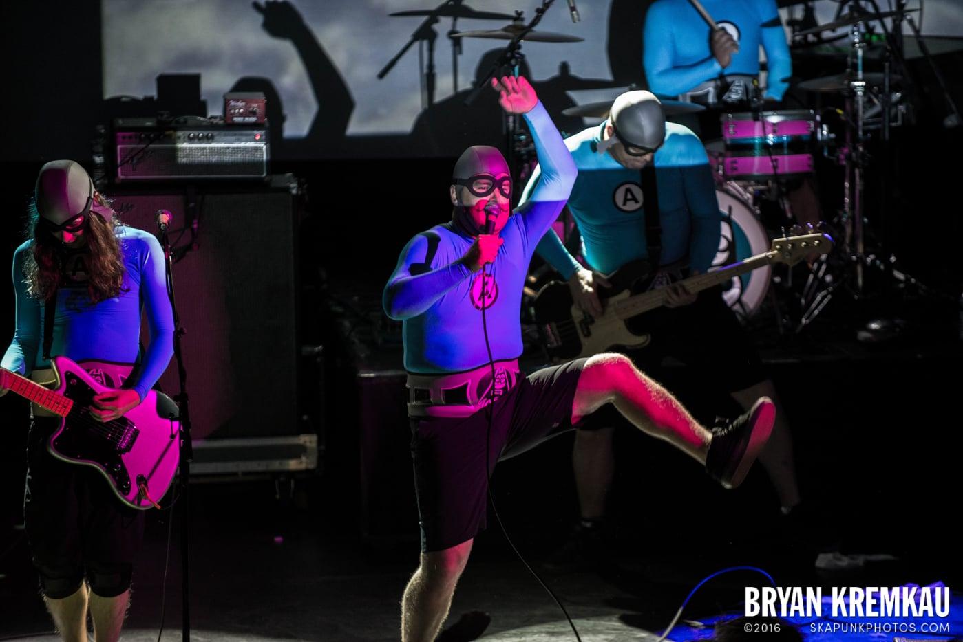The Aquabats @ Irving Plaza, NYC - 5.7.14 (10)
