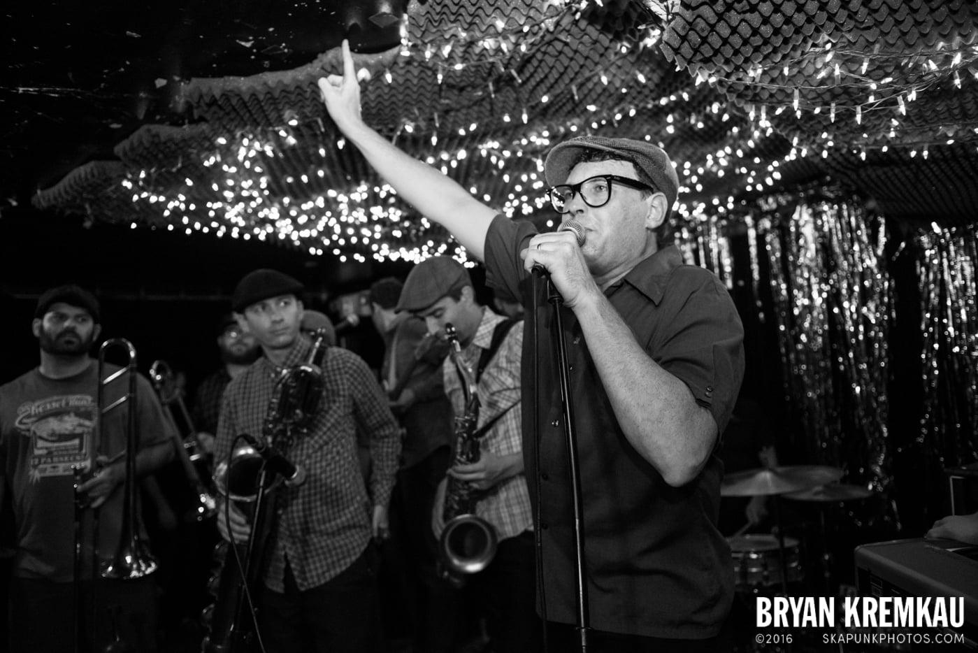 Dan P and The Bricks @ Cake Shop, NYC - 5.31.14 (16)