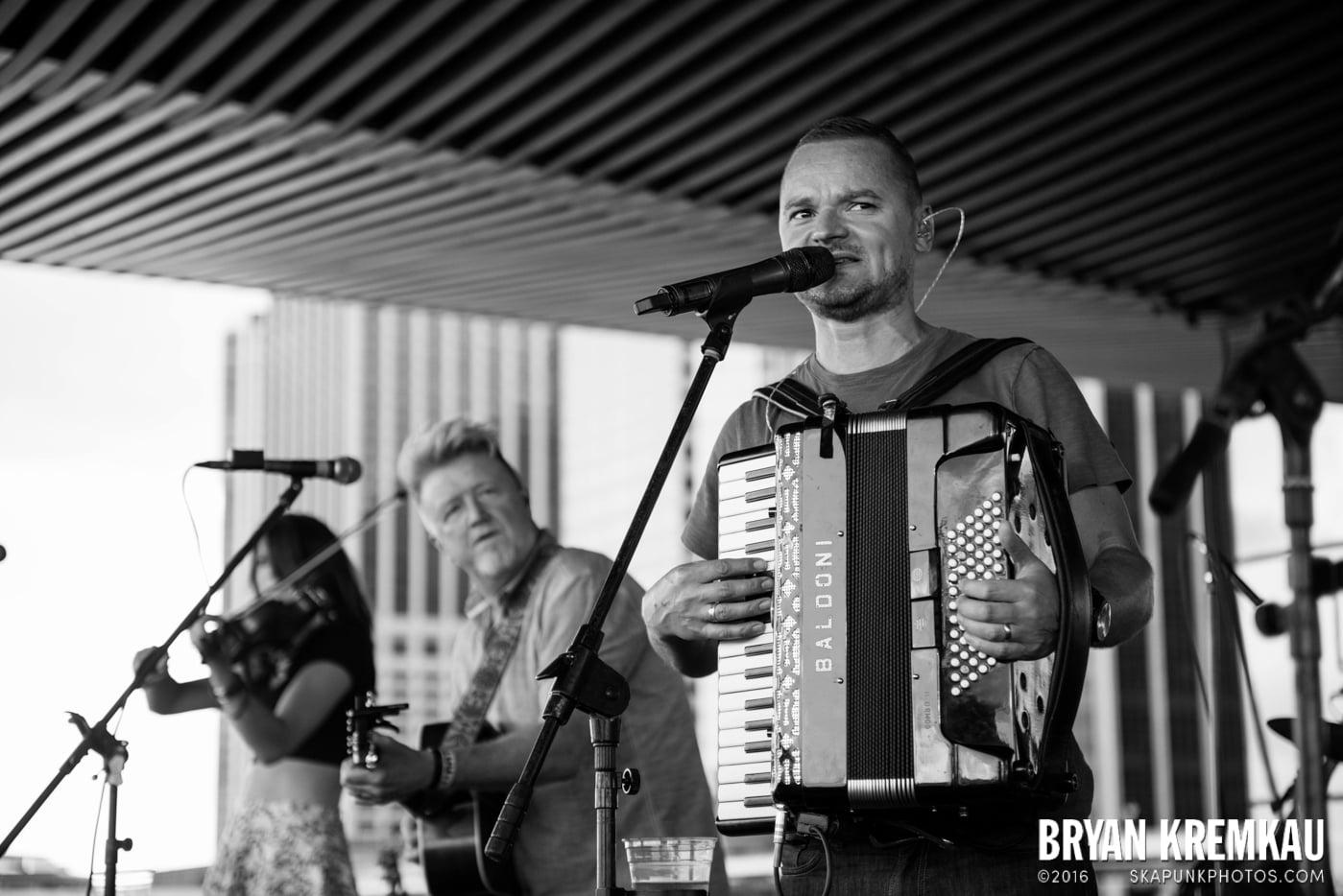 Gaelic Storm @ Watermark Bar, NYC - 6.26.14 (30)