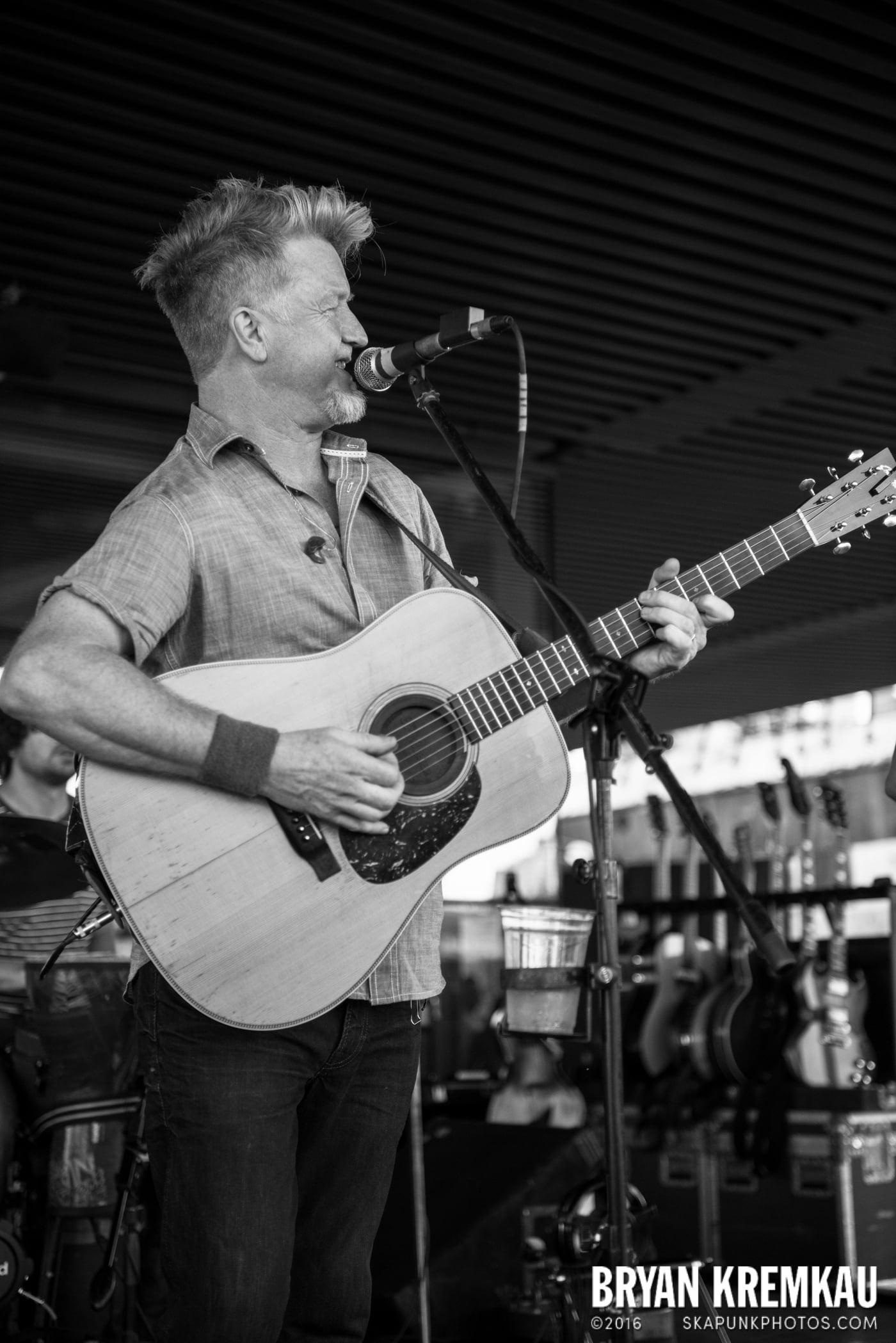 Gaelic Storm @ Watermark Bar, NYC - 6.26.14 (22)