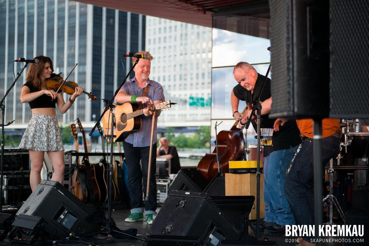 Gaelic Storm @ Watermark Bar, NYC - 6.26.14 (10)