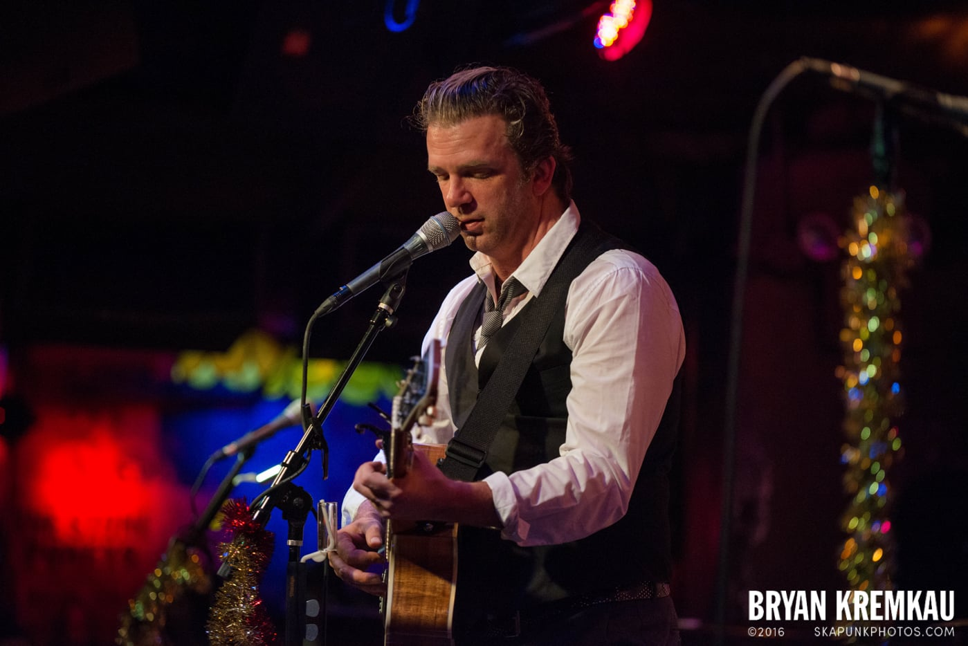 Chris Trapper @ The Bitter End, NYC - 12.5.14 (6)