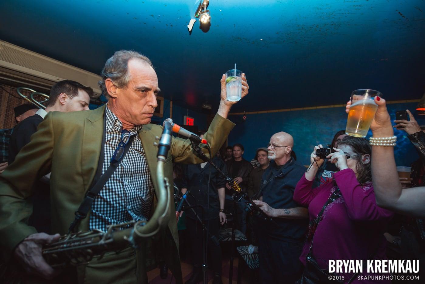 The Scofflaws @ Otto's Shrunken Head, NYC - 12.5.14 (26)