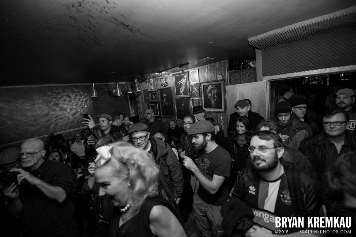 The Scofflaws @ Otto's Shrunken Head, NYC - 12.5.14 (21)