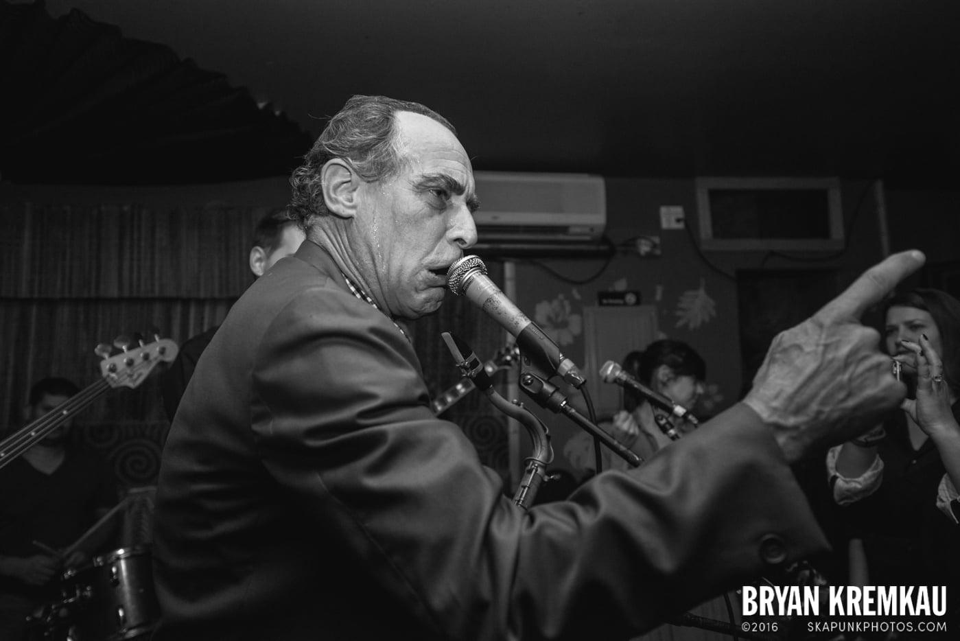 The Scofflaws @ Otto's Shrunken Head, NYC - 12.5.14 (15)