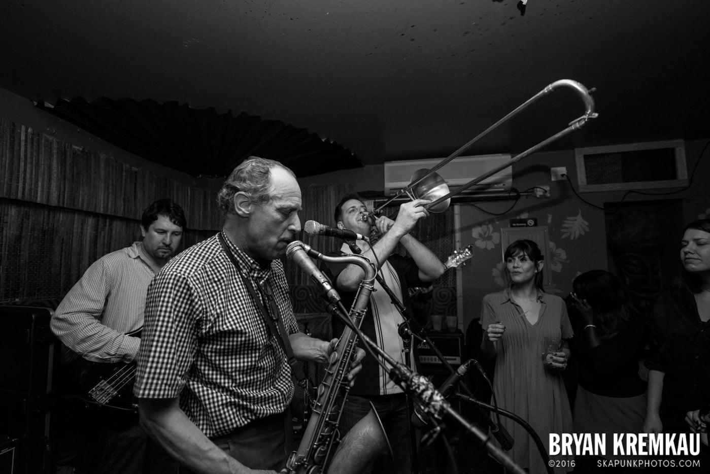The Scofflaws @ Otto's Shrunken Head, NYC - 12.5.14 (11)