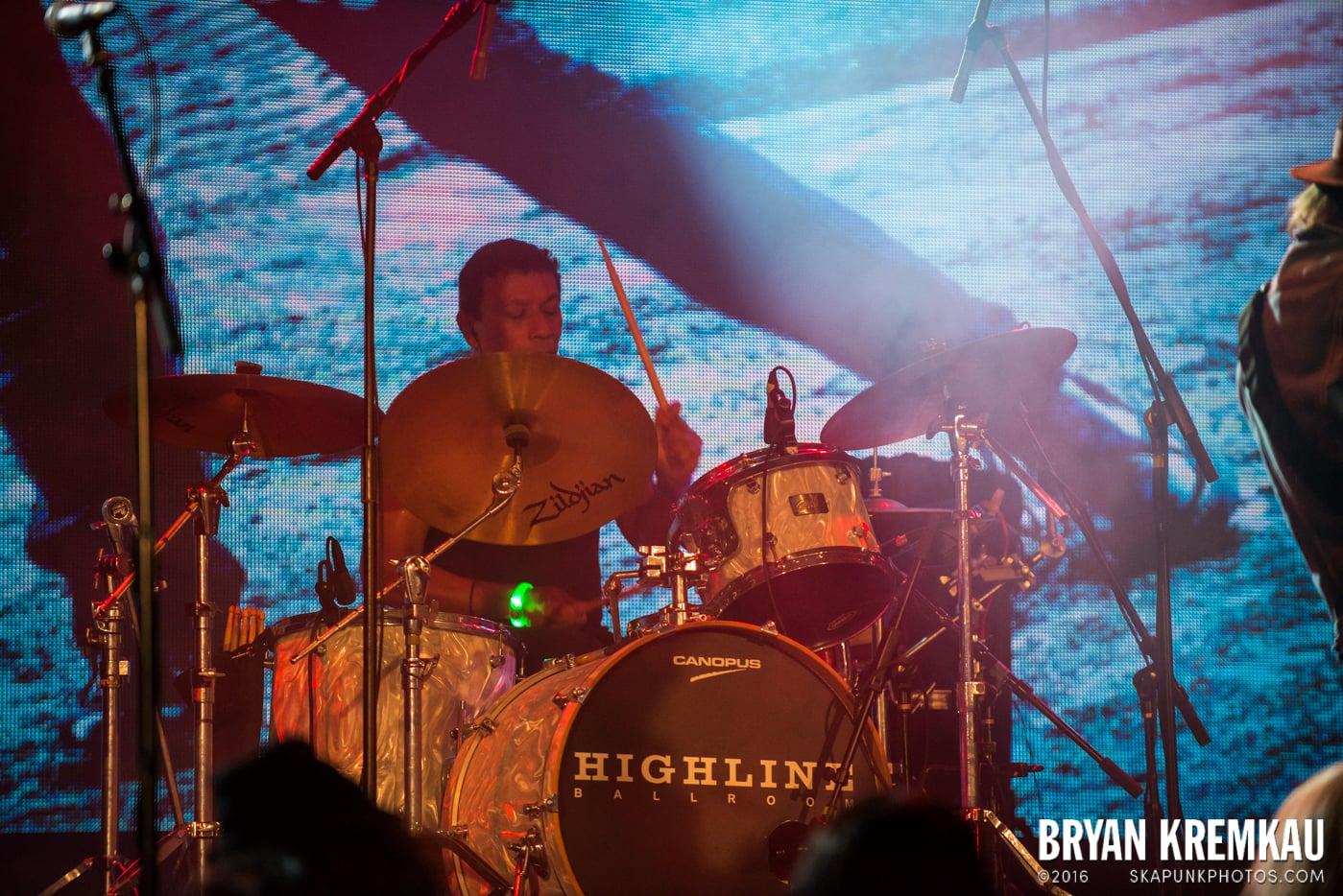 Willie Nile @ Highline Ballroom, NYC - 12.26.14 (22)
