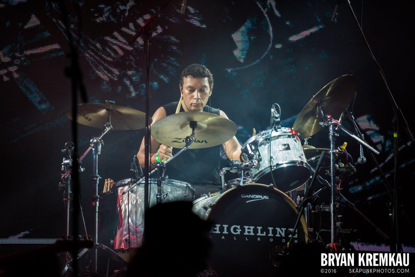 Willie Nile @ Highline Ballroom, NYC - 12.26.14 (14)