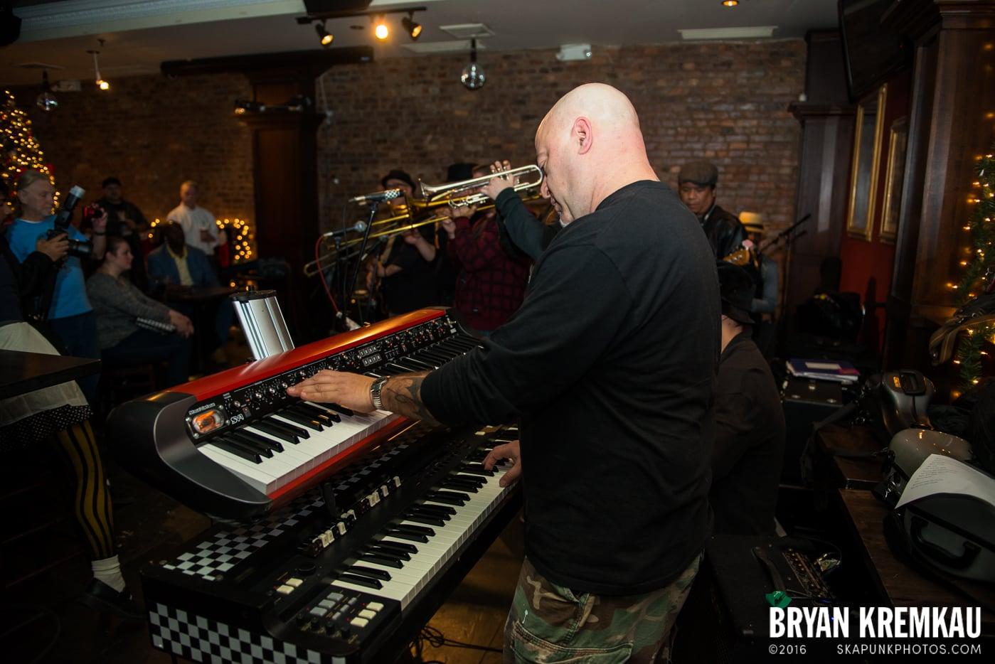 Beat Brigade @ Characters, NYC - 1.3.15 (30)