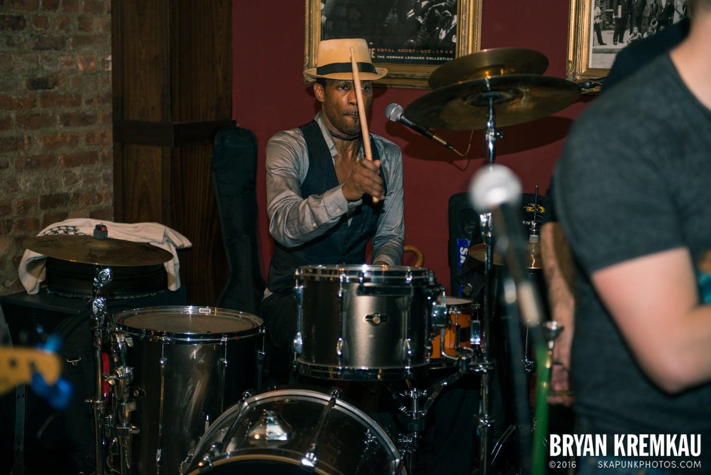 Beat Brigade @ Characters, NYC - 1.3.15 (5)