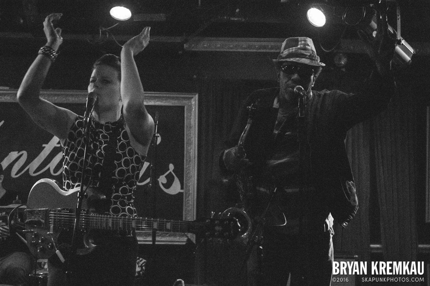 The Scotch Bonnets @ Fontana's, NYC - 4.25.15 (21)