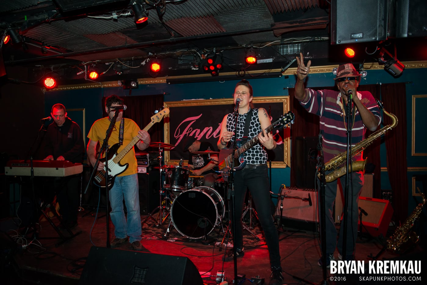The Scotch Bonnets @ Fontana's, NYC - 4.25.15 (11)