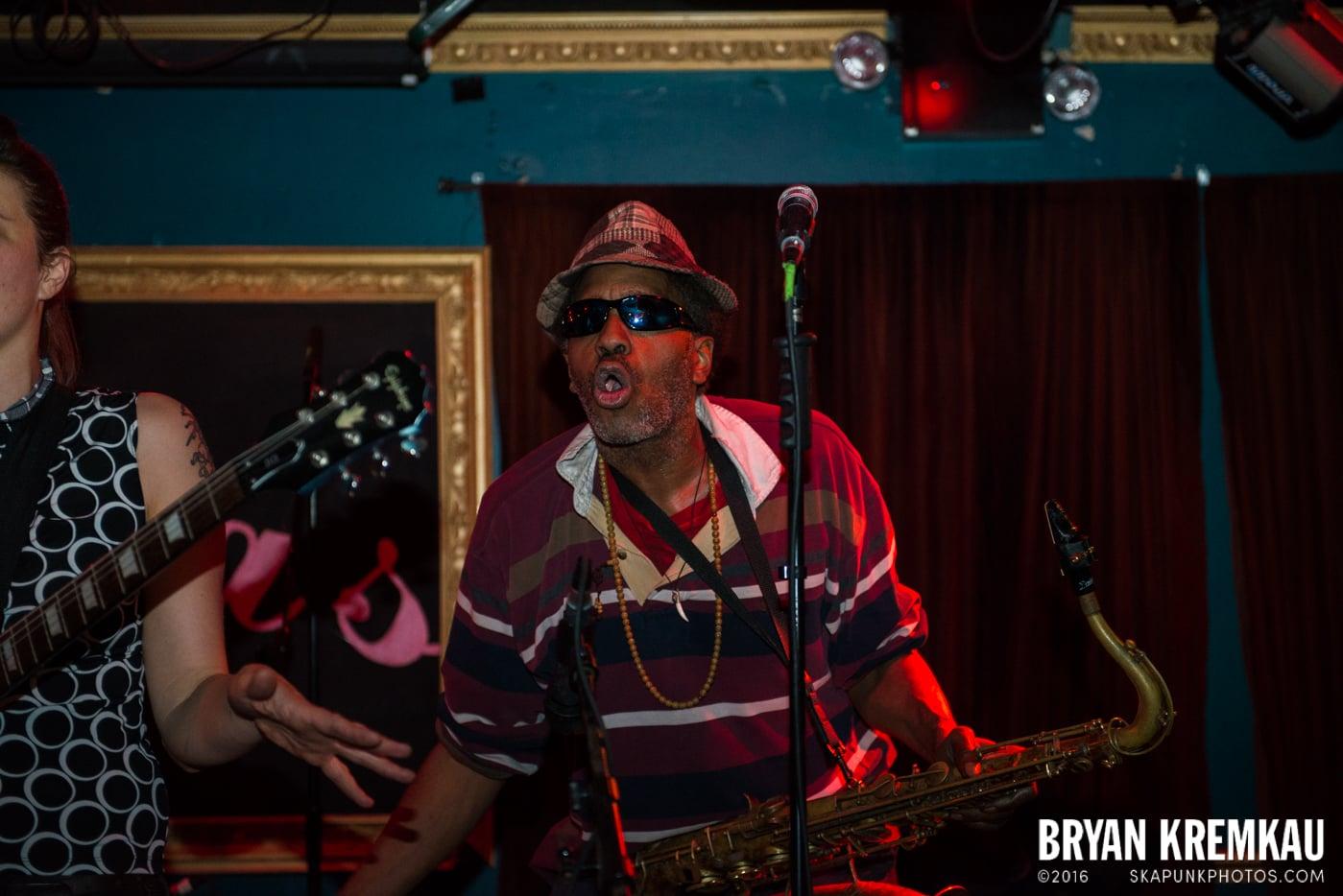 The Scotch Bonnets @ Fontana's, NYC - 4.25.15 (10)