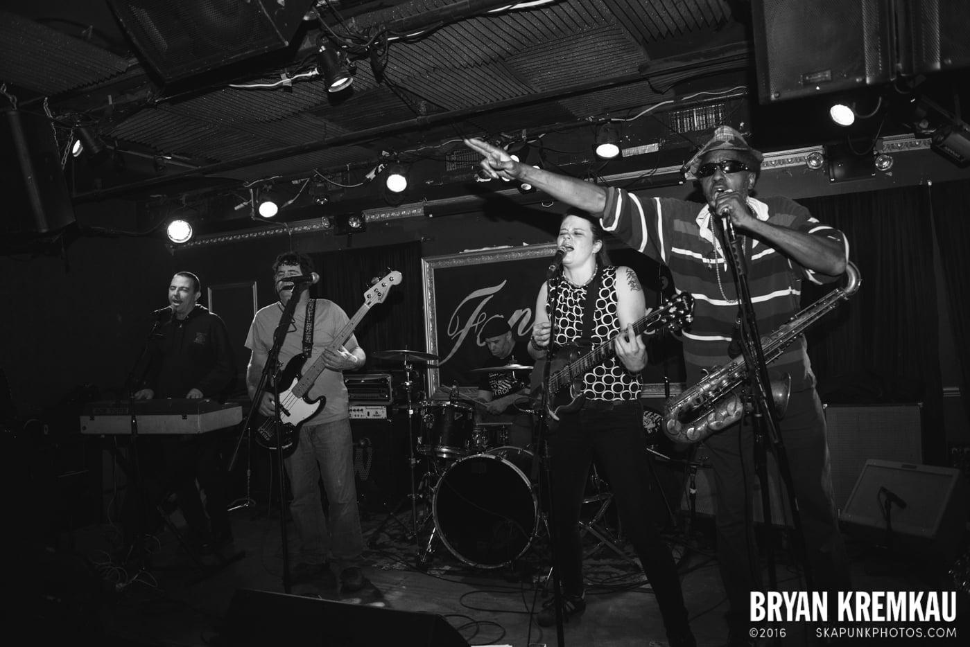 The Scotch Bonnets @ Fontana's, NYC - 4.25.15 (8)