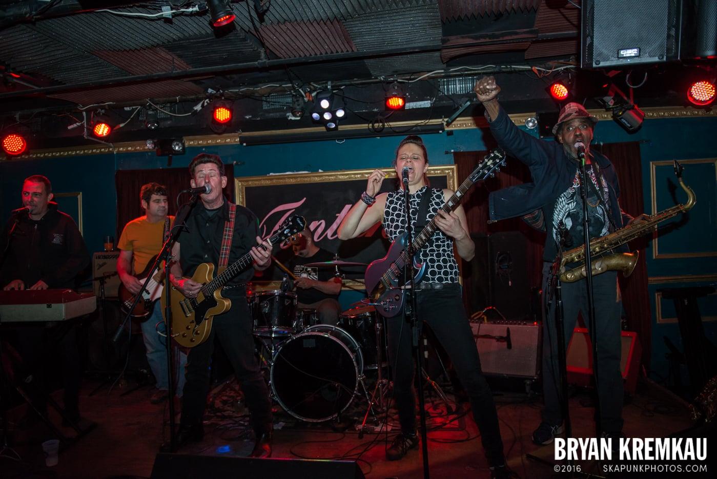 Roddy Radiation & The Scotch Bonnets @ Fontana's, NYC - 4.25.15 (27)