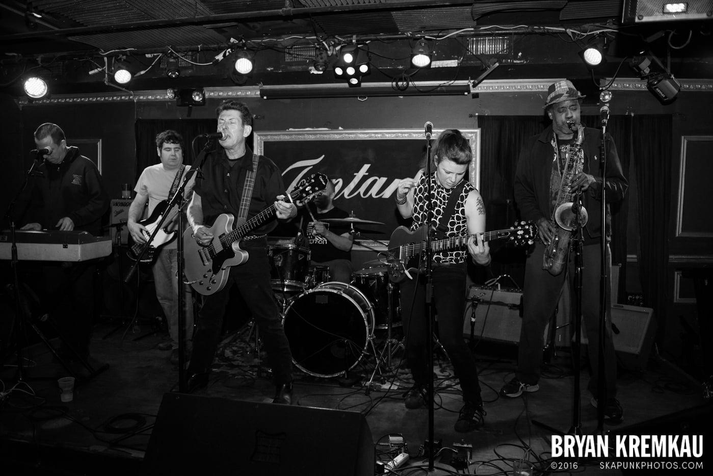 Roddy Radiation & The Scotch Bonnets @ Fontana's, NYC - 4.25.15 (25)