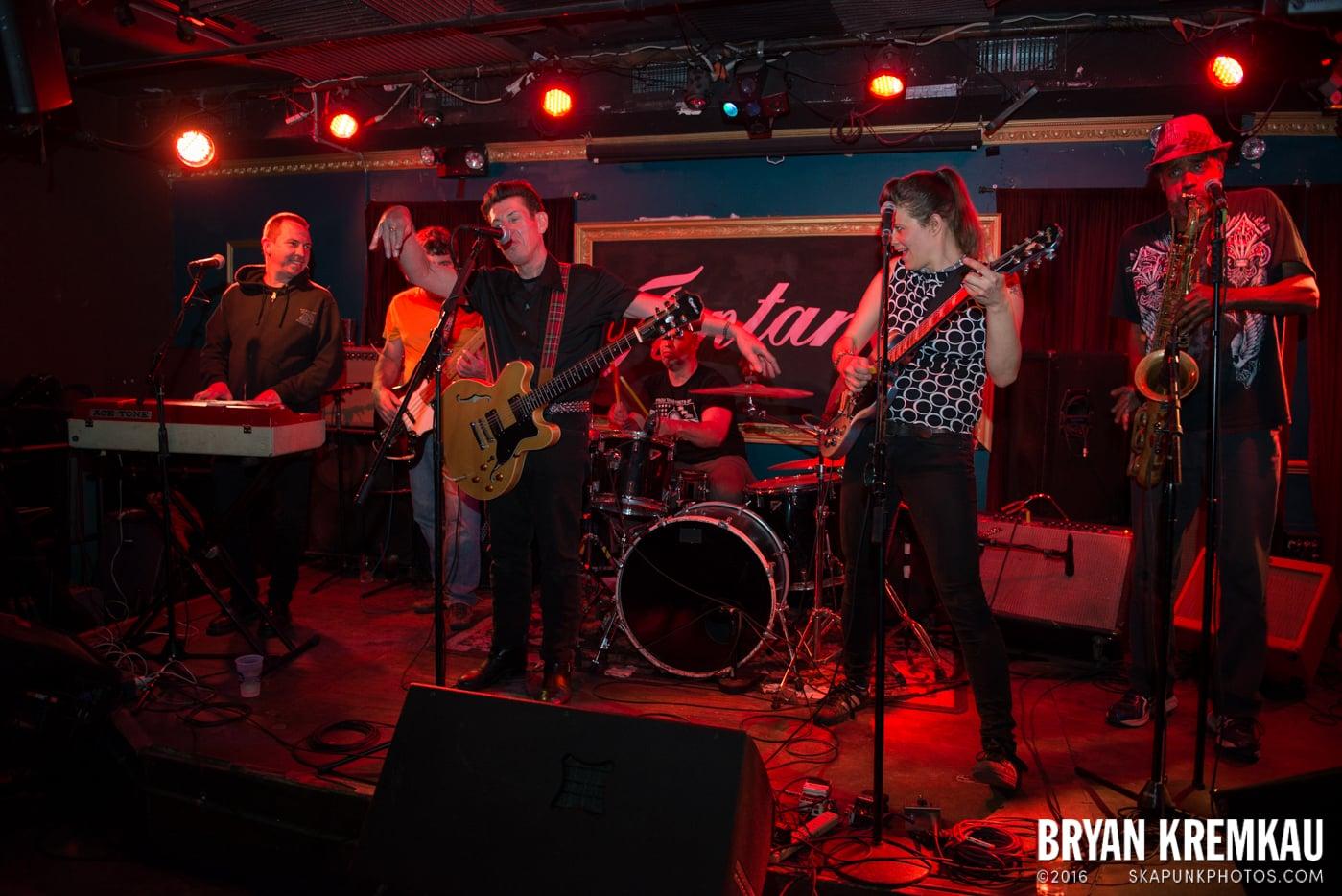 Roddy Radiation & The Scotch Bonnets @ Fontana's, NYC - 4.25.15 (17)