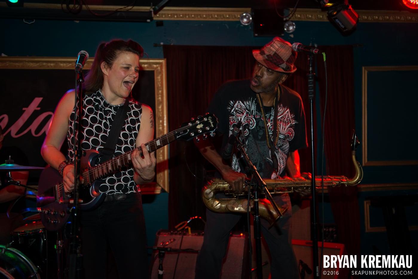 Roddy Radiation & The Scotch Bonnets @ Fontana's, NYC - 4.25.15 (11)