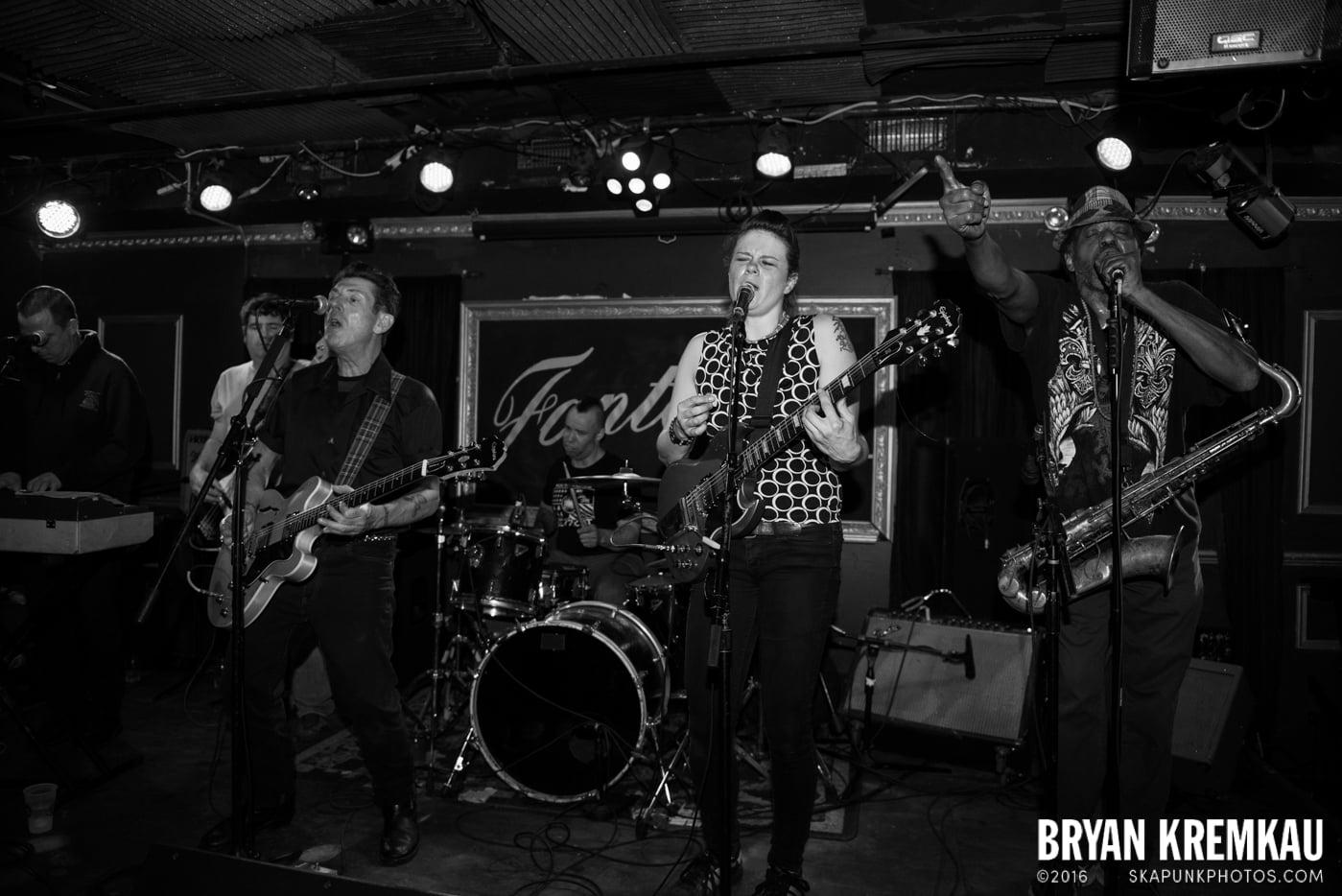 Roddy Radiation & The Scotch Bonnets @ Fontana's, NYC - 4.25.15 (8)