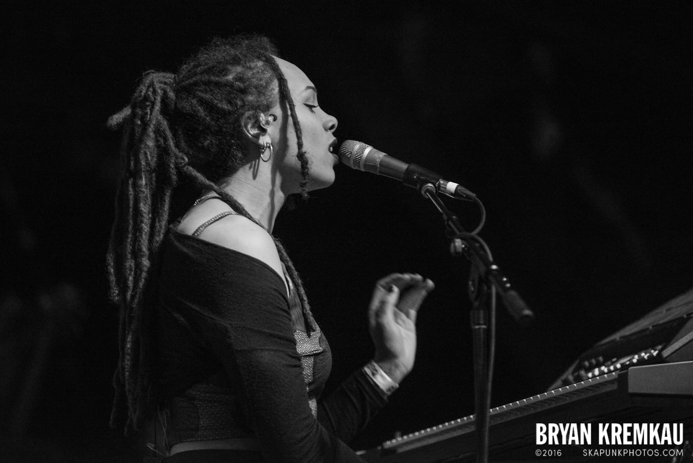 The Skints @ Brooklyn Bowl, Brooklyn, NY - 5.2.15 (25)