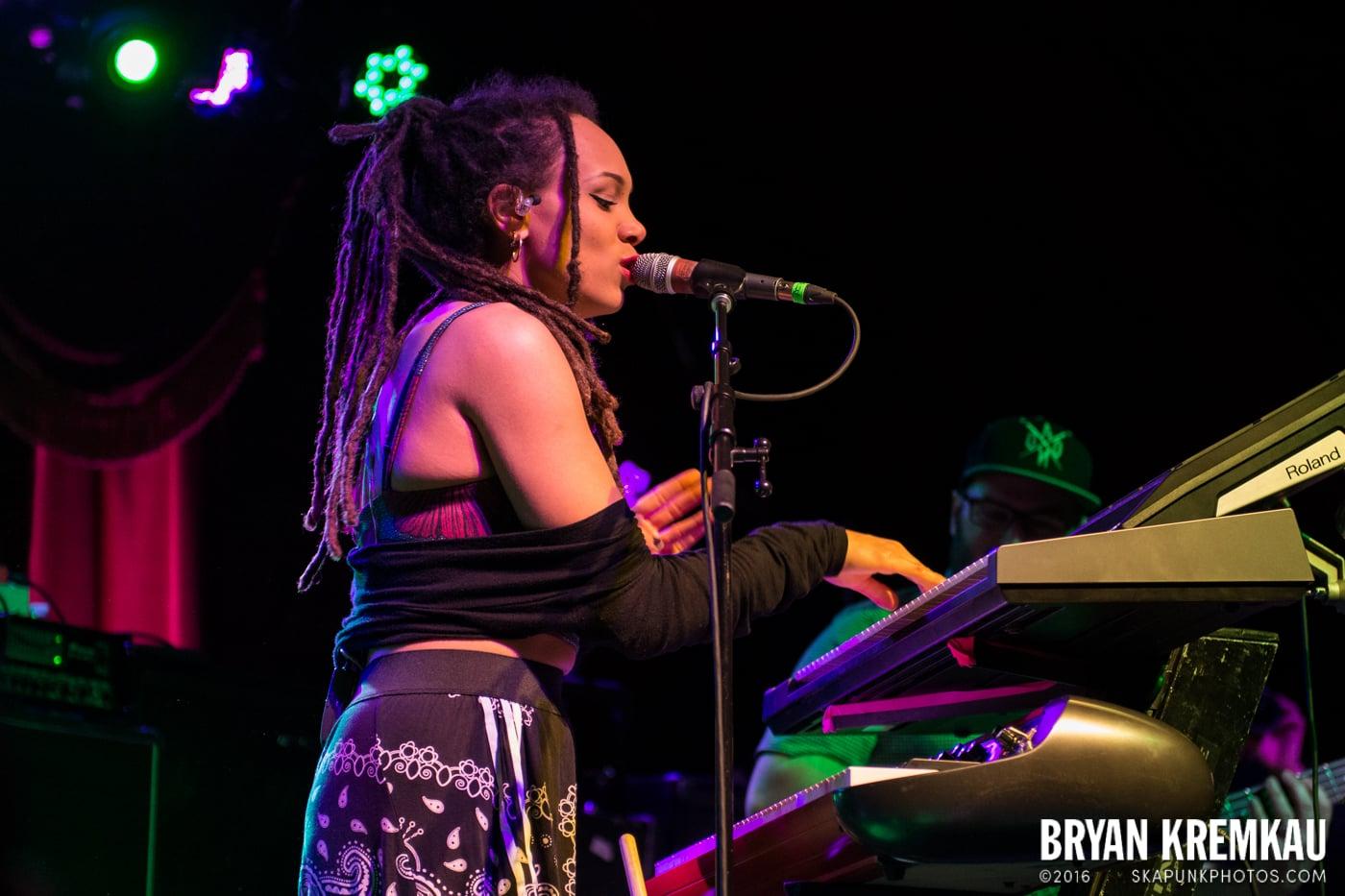 The Skints @ Brooklyn Bowl, Brooklyn, NY - 5.2.15 (14)