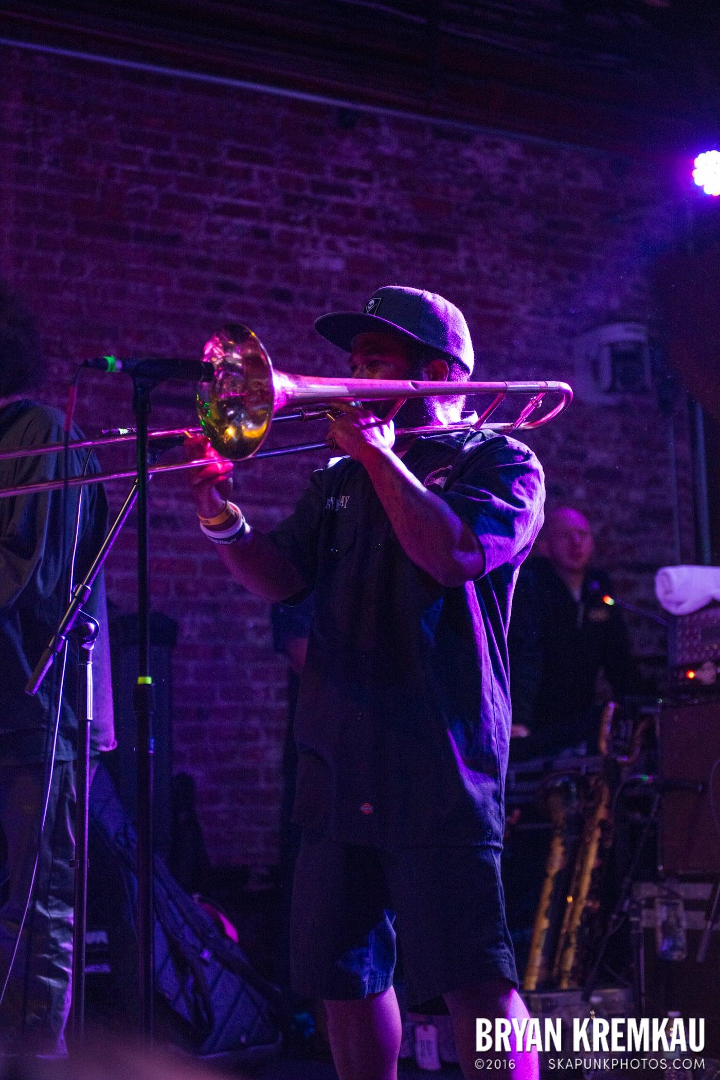 Fishbone @ Brooklyn Bowl, Brooklyn, NY - 5.2.15 (65)