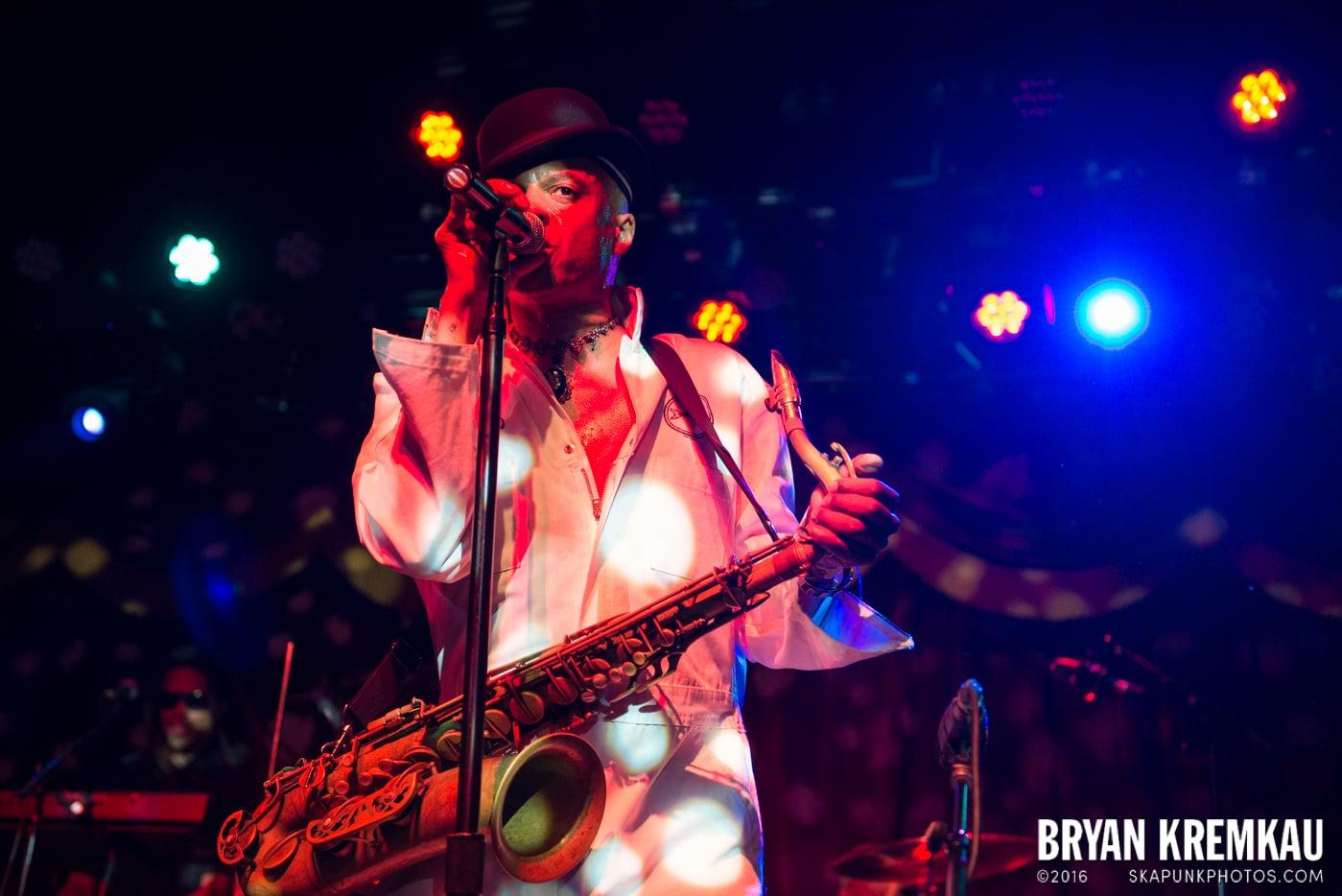 Fishbone @ Brooklyn Bowl, Brooklyn, NY - 5.2.15 (29)