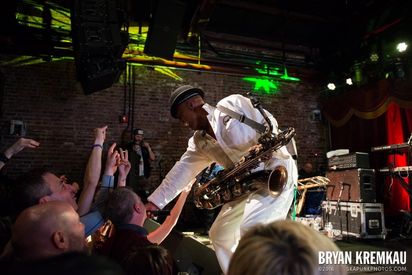 Fishbone @ Brooklyn Bowl, Brooklyn, NY - 5.2.15 (18)