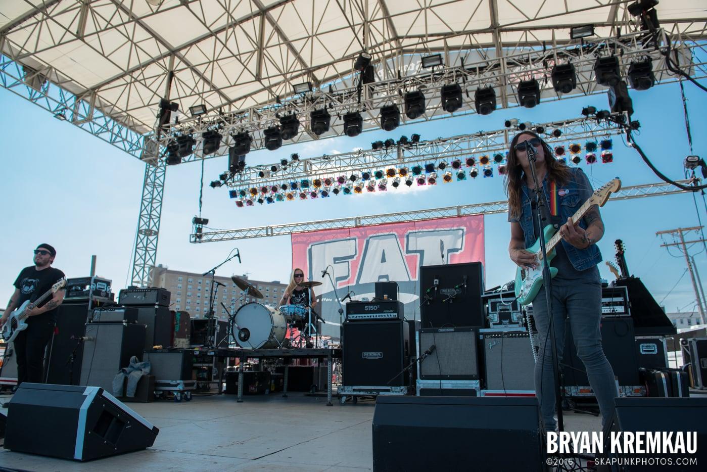 toyGuitar @ Stone Pony Summer Stage, Asbury Park, NJ - 8.15.15 (25)